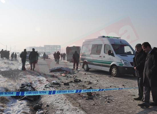 Konyada feci kaza: 5 ölü 8 yaralı 6