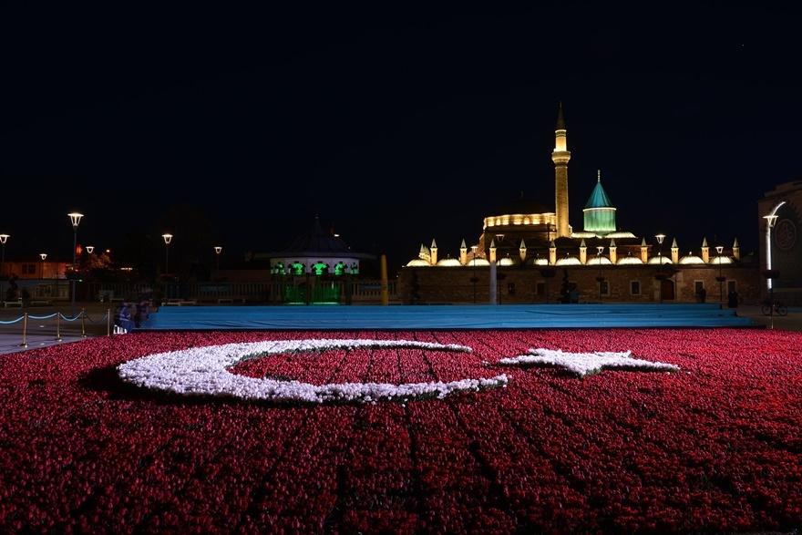 Milyonlarca lale Konya'yı süslüyor 5