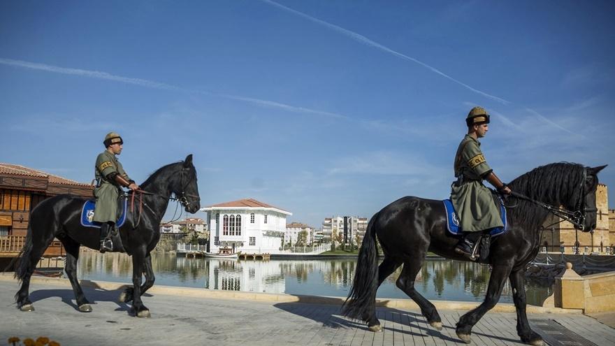 Selçuklu ve Osmanlı dönemi bu parkta yaşatılıyor 12