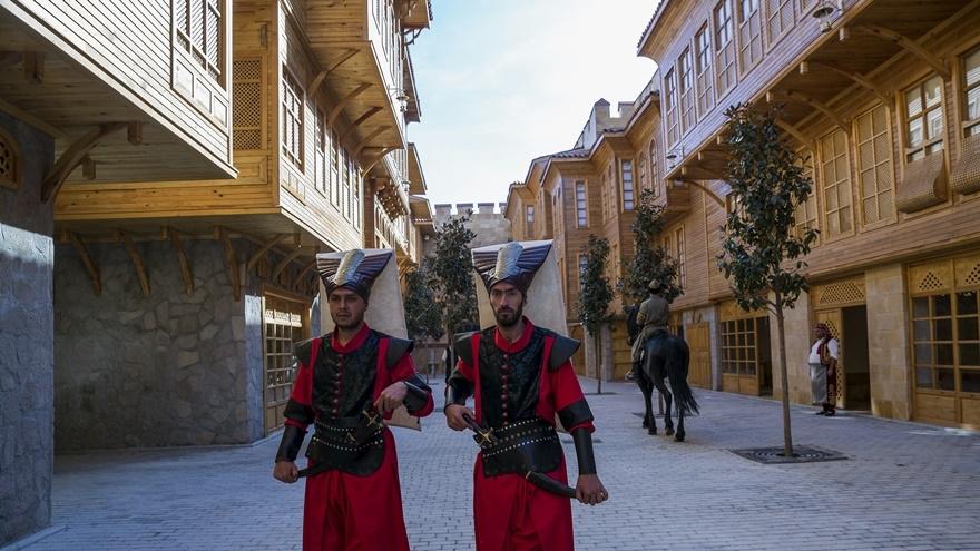 Selçuklu ve Osmanlı dönemi bu parkta yaşatılıyor 14