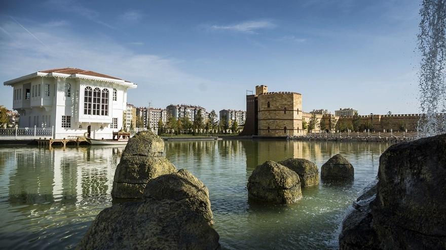 Selçuklu ve Osmanlı dönemi bu parkta yaşatılıyor 22