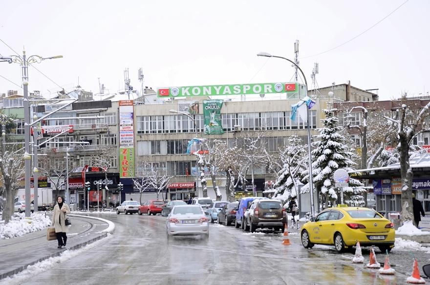 Şehir beyaza büründü 3