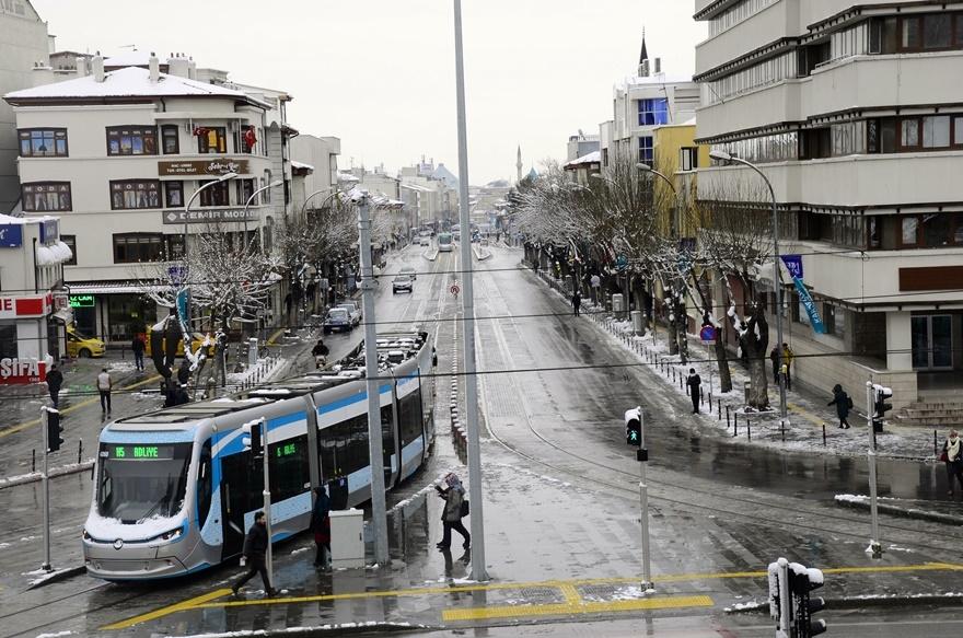 Şehir beyaza büründü 7