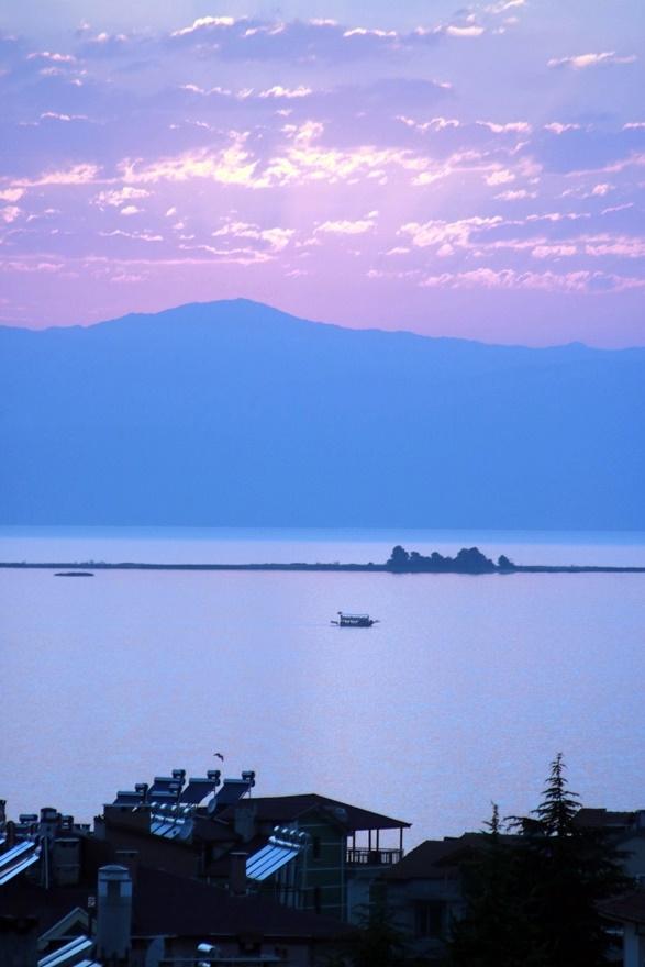 Beyşehir Gölü'nde günbatımı kartpostallık görüntüler oluşturduKaynak: Be 15