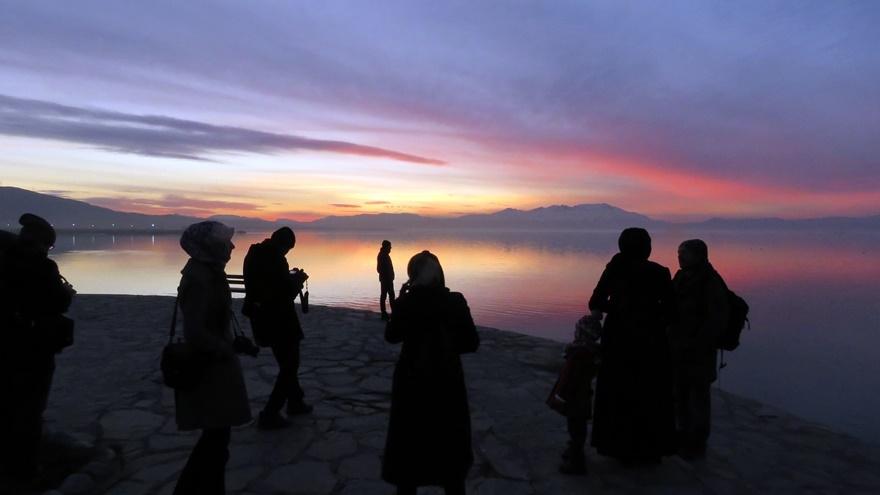 Beyşehir Gölü'nde günbatımı kartpostallık görüntüler oluşturduKaynak: Be 9