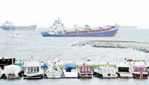 Gemi kurtarma çalışmaları böyle devam ediyor 3