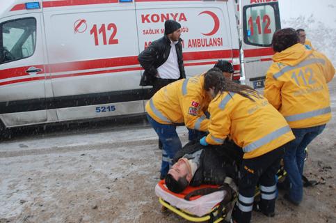 Konyada Otobüs devrildi 1 ölü 23 yaralı 10