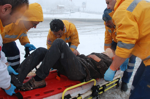 Konyada Otobüs devrildi 1 ölü 23 yaralı 6