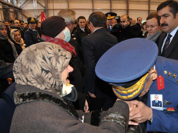 Şehit Pilot törenle uğurlandı 3