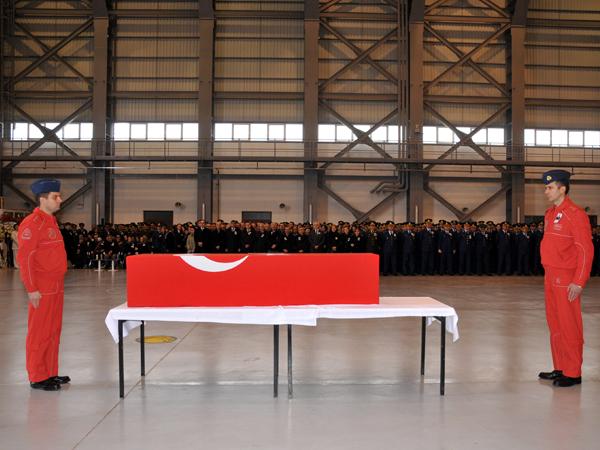 Şehit Pilot törenle uğurlandı 7