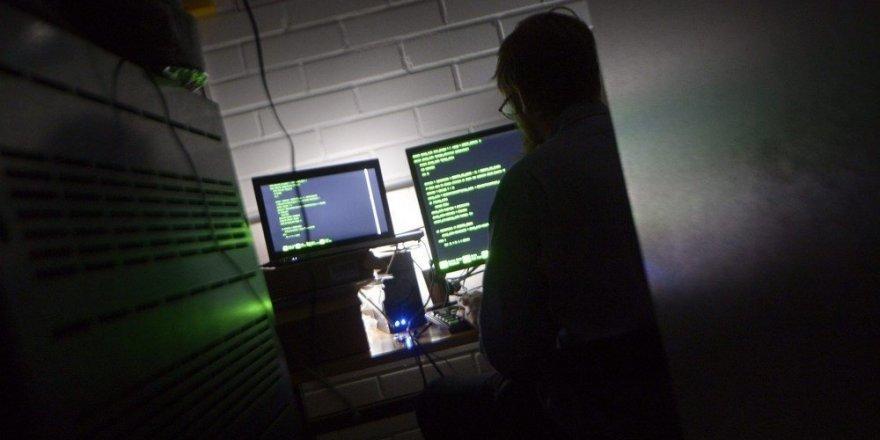 Türk hacker 'Hayalet' yakalandı: 8 yılda 115'ten fazla suç işledi