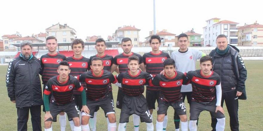 Konya Spor Lisesi futbol takımı yarı finalde