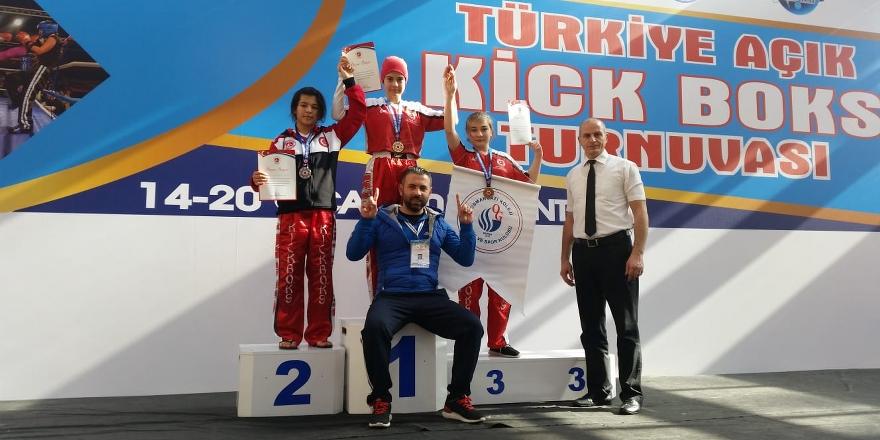 Konyalı sporcular turnuvaya damga vurdu