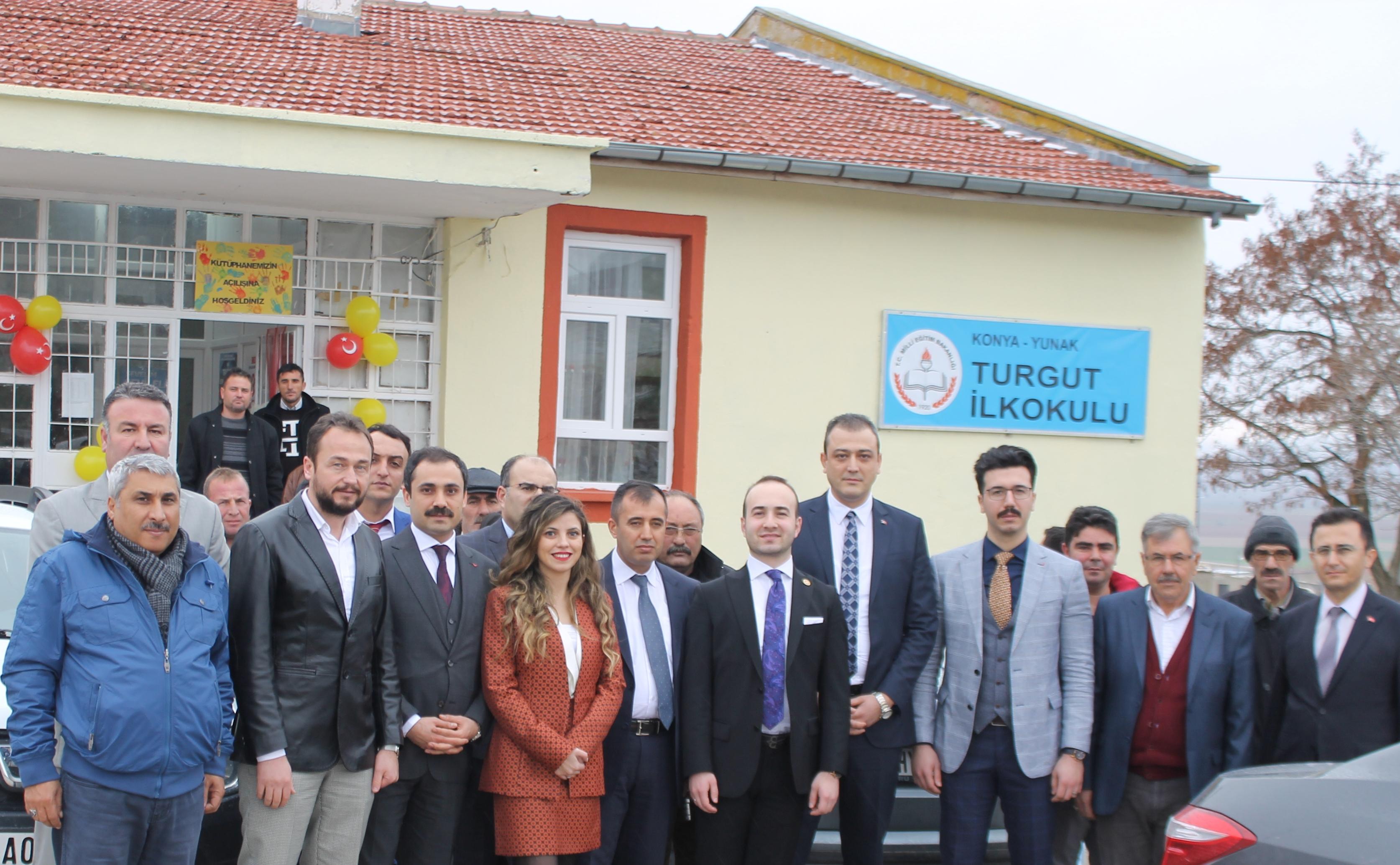 Turgut İlkokulu'nda zeka  oyunları salonu açıldı