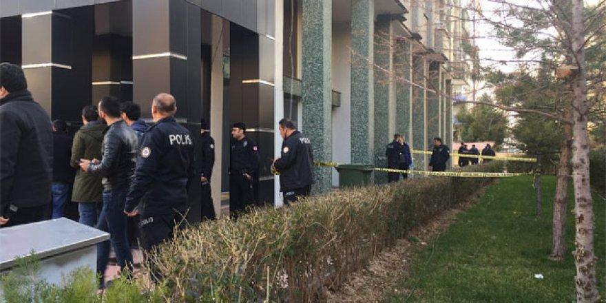 4.kattan düşen kadın hayatını kaybetti