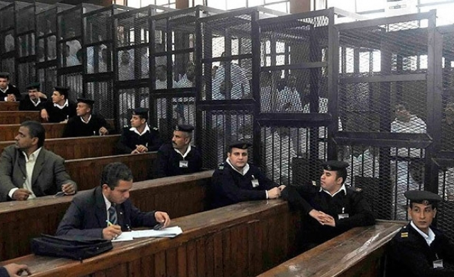 Mısır'da zulüm devam ediyor