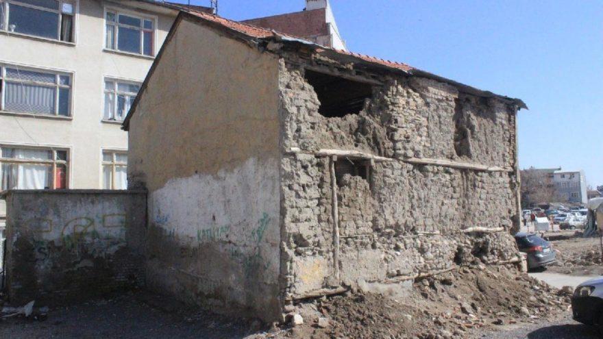 Tarihi mescit kentsel dönüşüm kurbanı