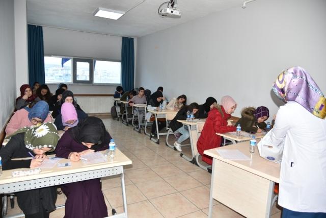 Bursluluk sınavına 2 bin 334 kişi katıldı