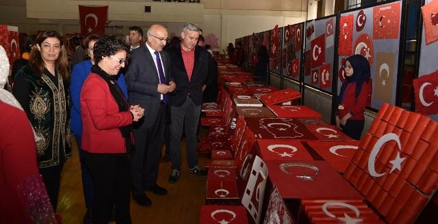 Türk dünyası ve nevruz  konulu bayrak sergisi açıldı