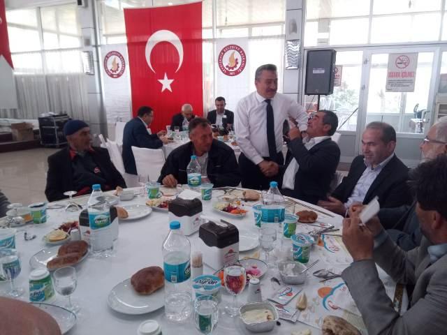 Başkan Mehmet Tutal, muhtarlarla buluştu