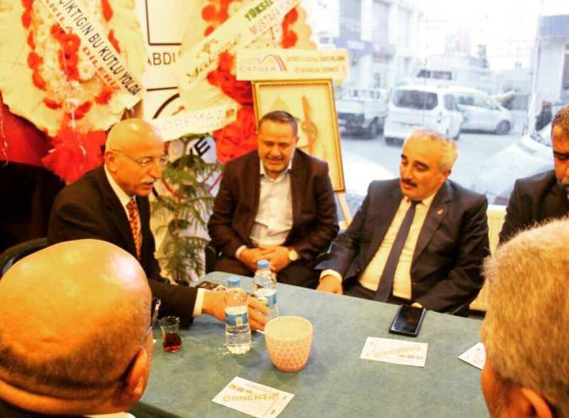 Saadet Partisi, Başkan Adayı Çat'ı ziyaret etti
