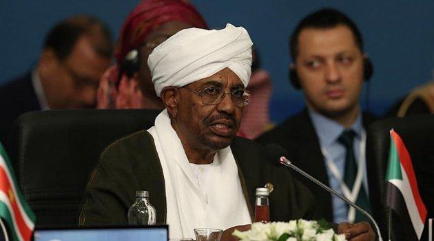Sudan'da El-Beşir dönemi sona erdi