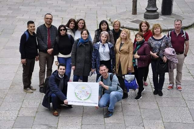 Öğretmenlerden oluşan proje  ekibi, İtalya'dan yurda döndü