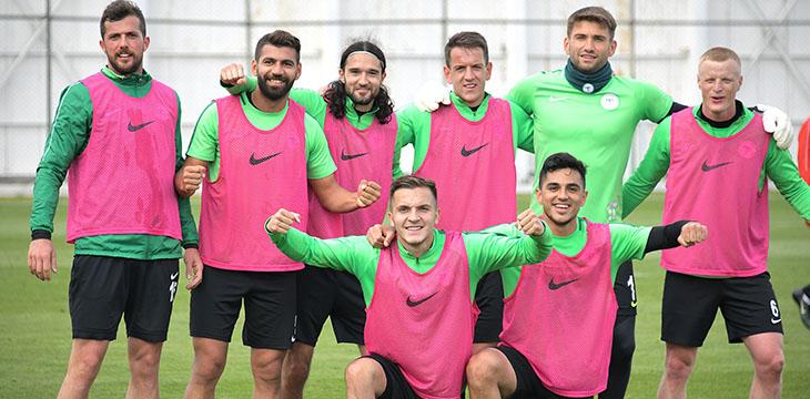 6 oyuncu antrenmana katılmadı