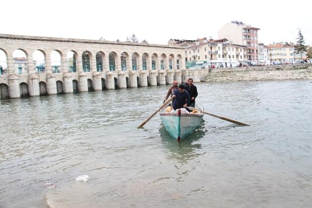 Balıkçılar av sezonunun açılmasını bekliyor