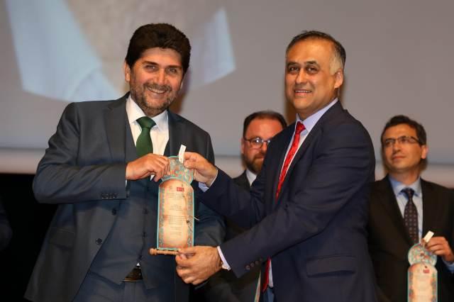 Hamdi Acar 'Kış Turizmi Ödülü'ne layık görüldü