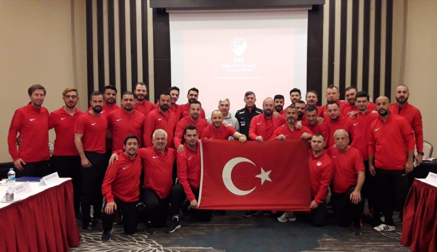 UEFA B antrenör kursu Konya'da yapılıyor