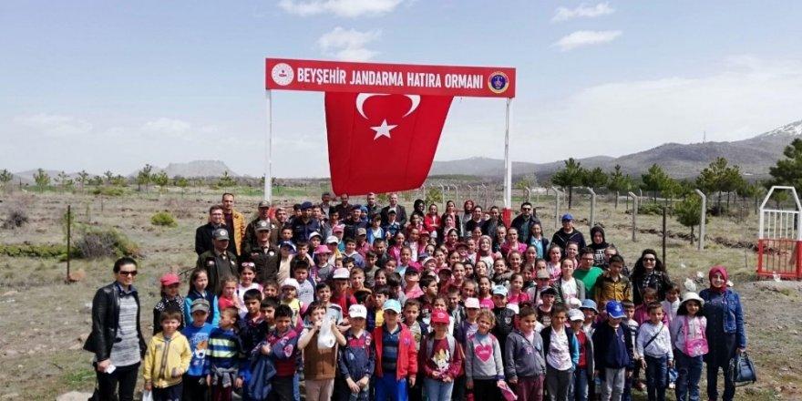 Beyşehir Jandarma Hatıra Ormanında fidan dikme etkinliği