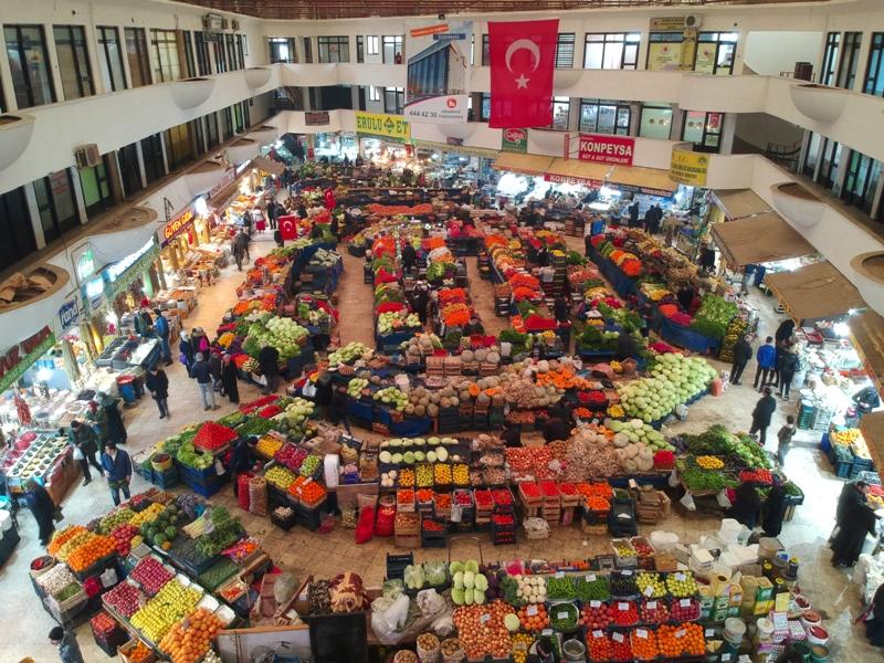 Selçuklu başkentinin 'asırlık  AVM'si Melike Hatun Çarşısı