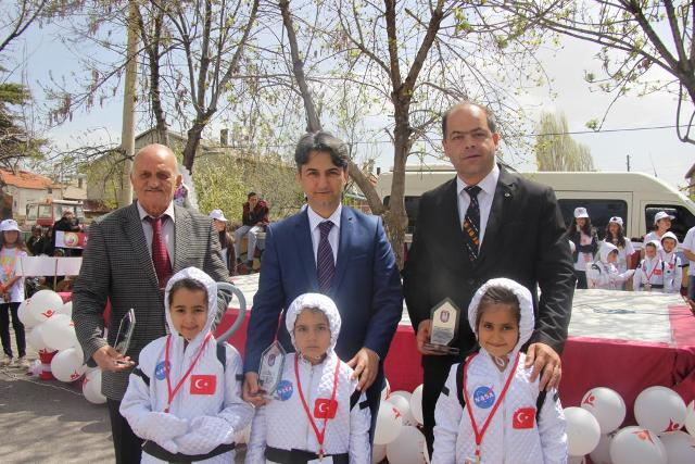Ortakaraören'de Tübitak Bilim Fuarı açıldı
