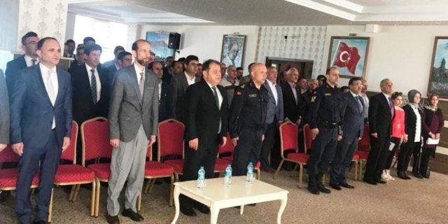 Beyşehir'de mahalle muhtarlarına hizmet içi eğitim semineri