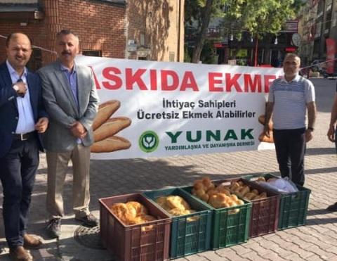 Yunaklılar her gün bin 500 ekmek dağıtacak