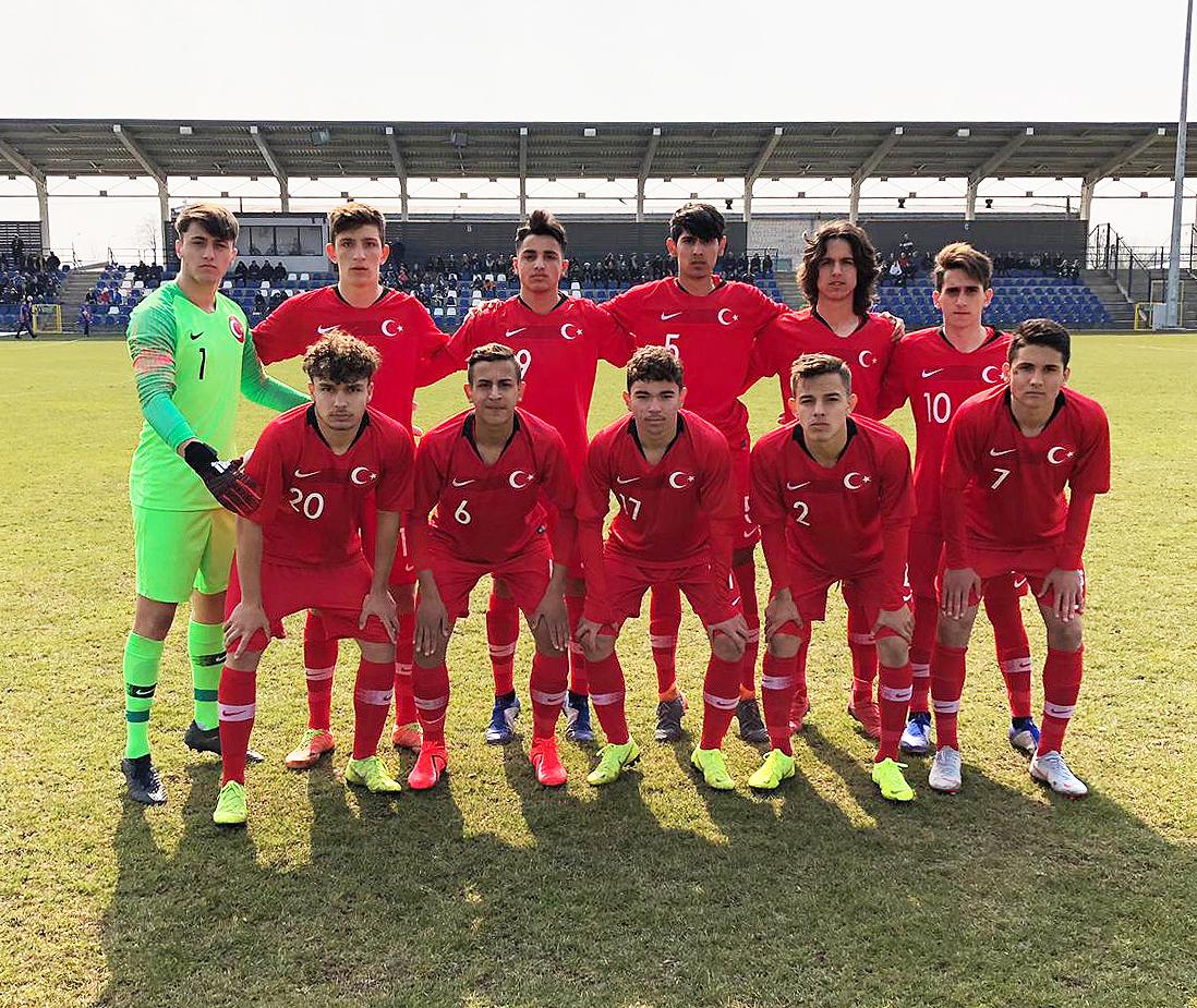 Konyaspor U16'nın iki oyuncusuna milli davet
