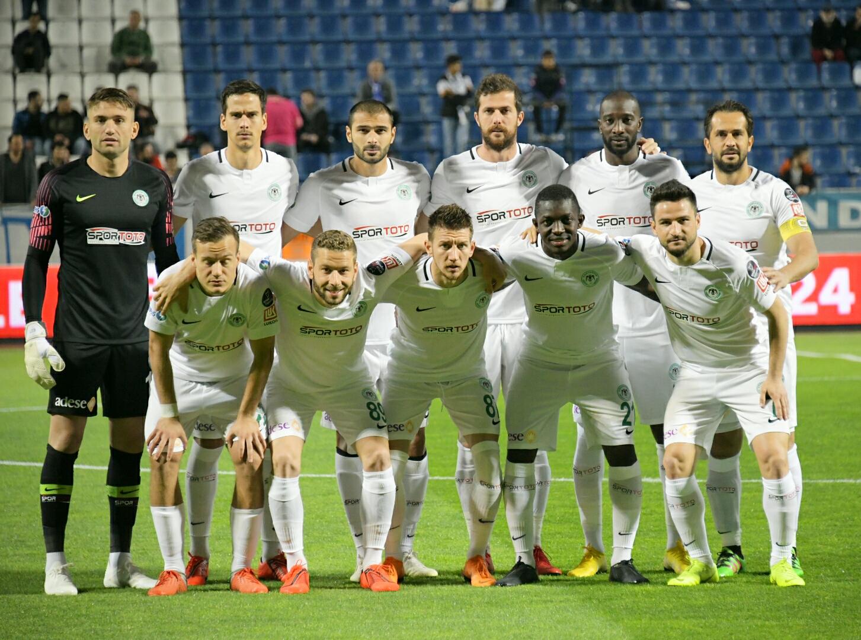 Konyaspor  beraberlikte lider