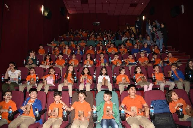 9 bin 190 öğrenci  sinemaya gidecek