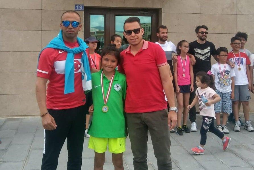 Konyasporlu tenisçi  Konya 1.si oldu