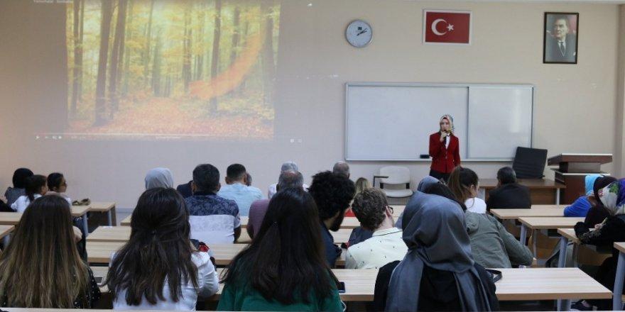 """KTO Karatay'da """"Bir Hakk Aşığı Ladikli Ahmet Hüdai"""" söyleşisi"""