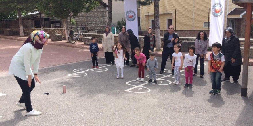 """Derebucak'ta """"Okul Dışarıda Günü"""" etkinlikleri düzenlendi"""
