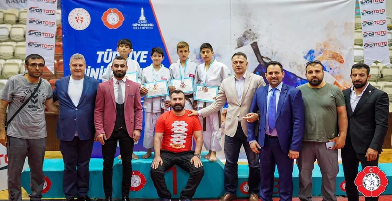 Konyalı judocular  İzmir'de ikinci oldu
