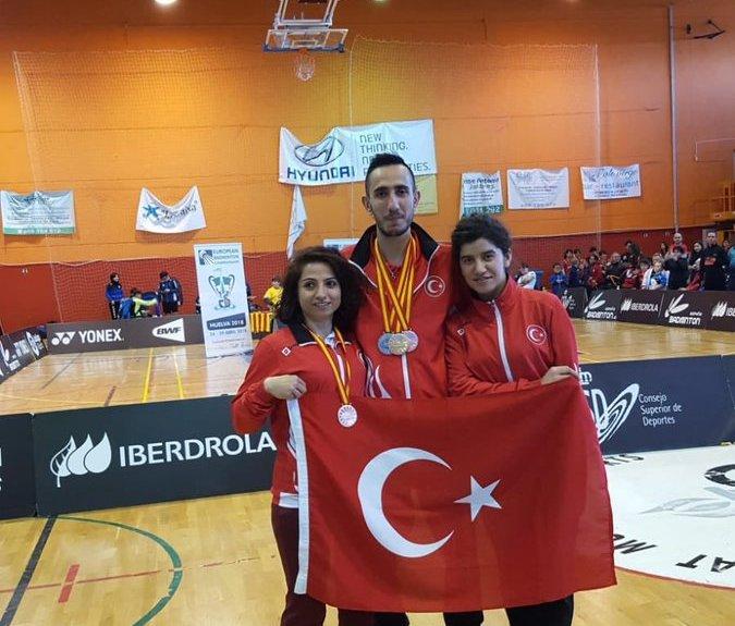Konyasporlu badmintoncular Dünya Şampiyonası'na katılacak