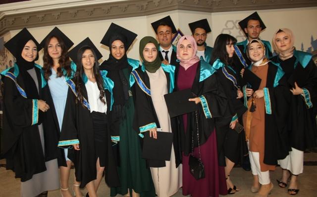 KTÜN Teknik Bilimler Okulunda mezuniyet heyecanı