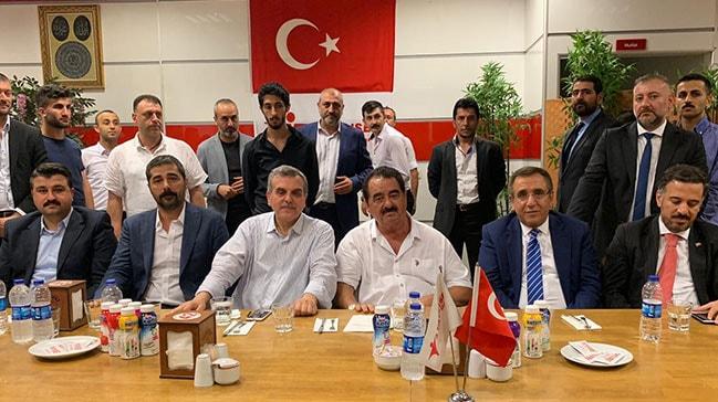 Tatlıses: Erdoğan için ölürüm