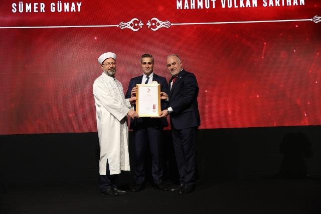 Türk Kızılayı'ndan MNG'ye ödül