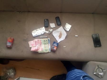 Akşehir'de uyuşturucu baskını