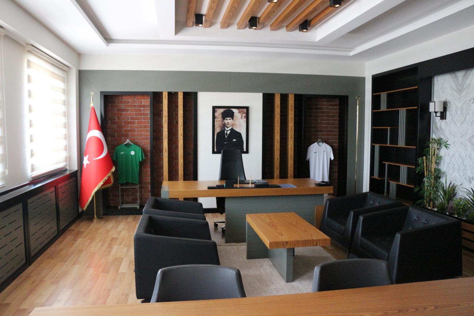 "Akademi'ye ""Süper"" tesis"