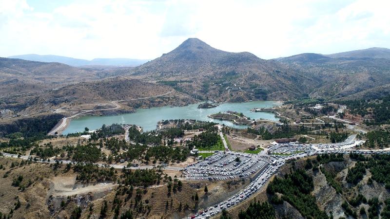 Sille Baraj Park'a tatilci akını